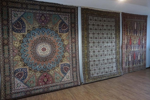 Namen der Teppiche folgen bald